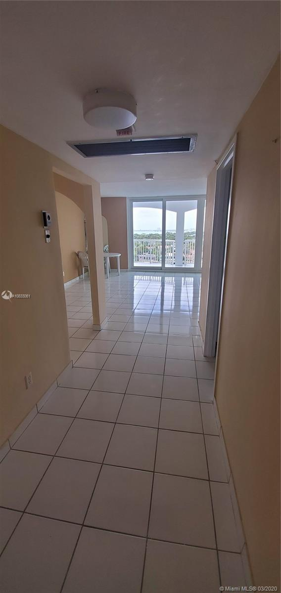 5401 Collins Ave #929 photo012