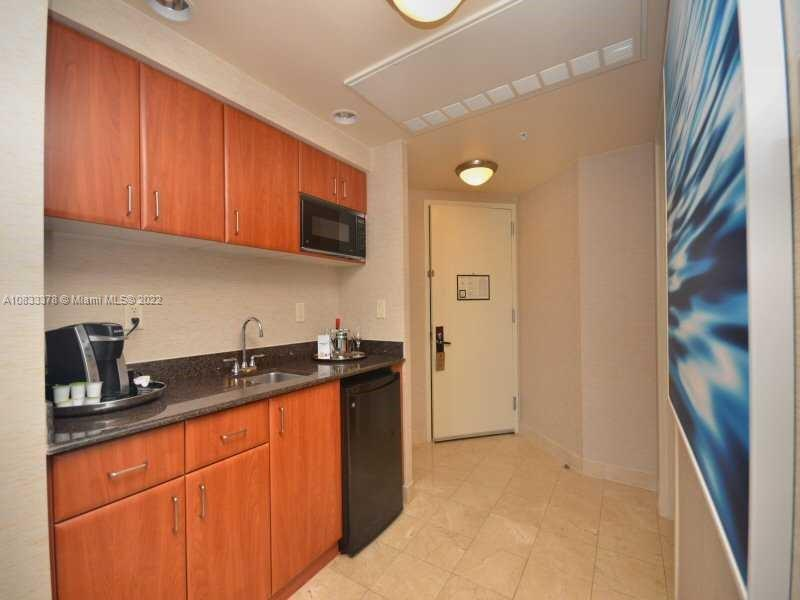 18001 Collins Ave #1810 photo015