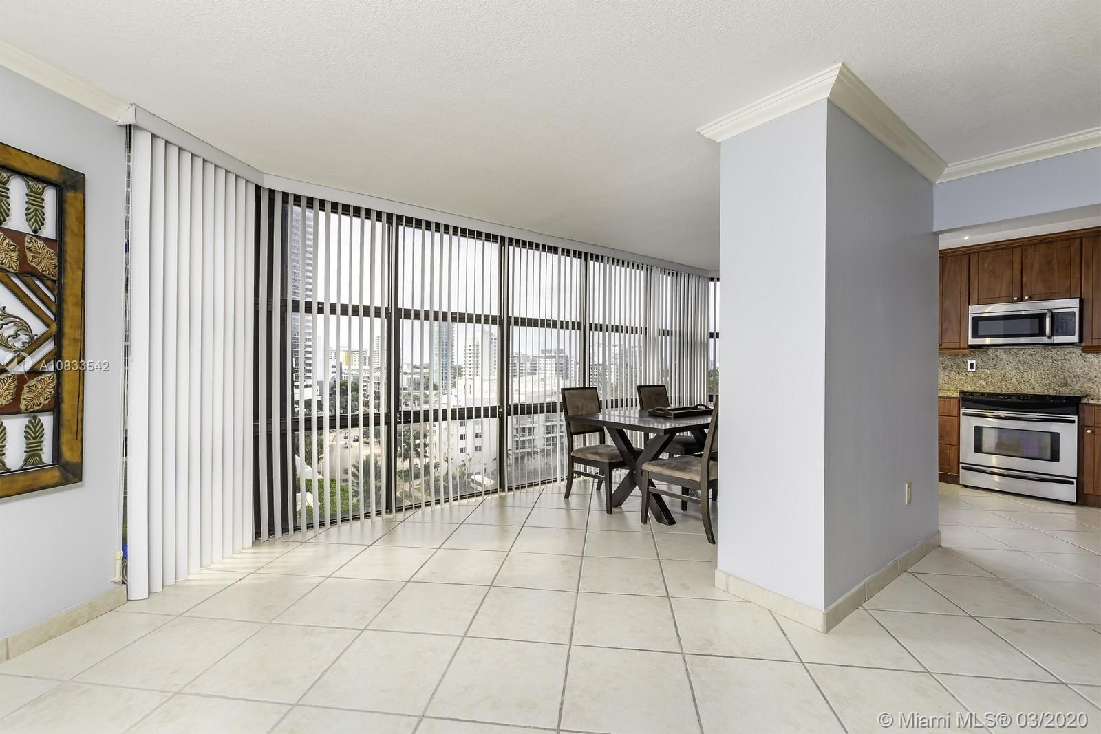6423 Collins Ave #1001 photo07