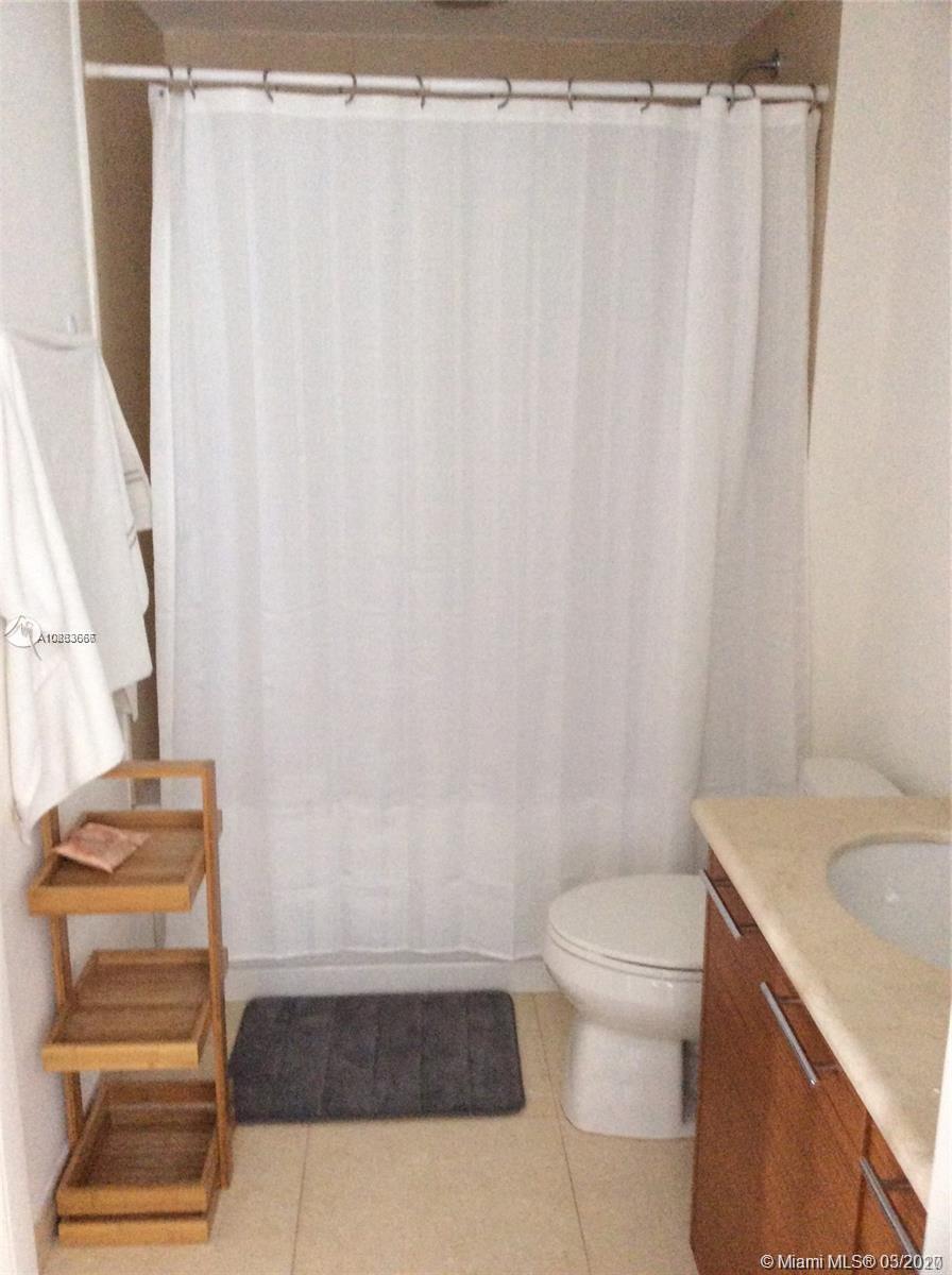 Property 50 Biscayne Blvd #4407 image 6