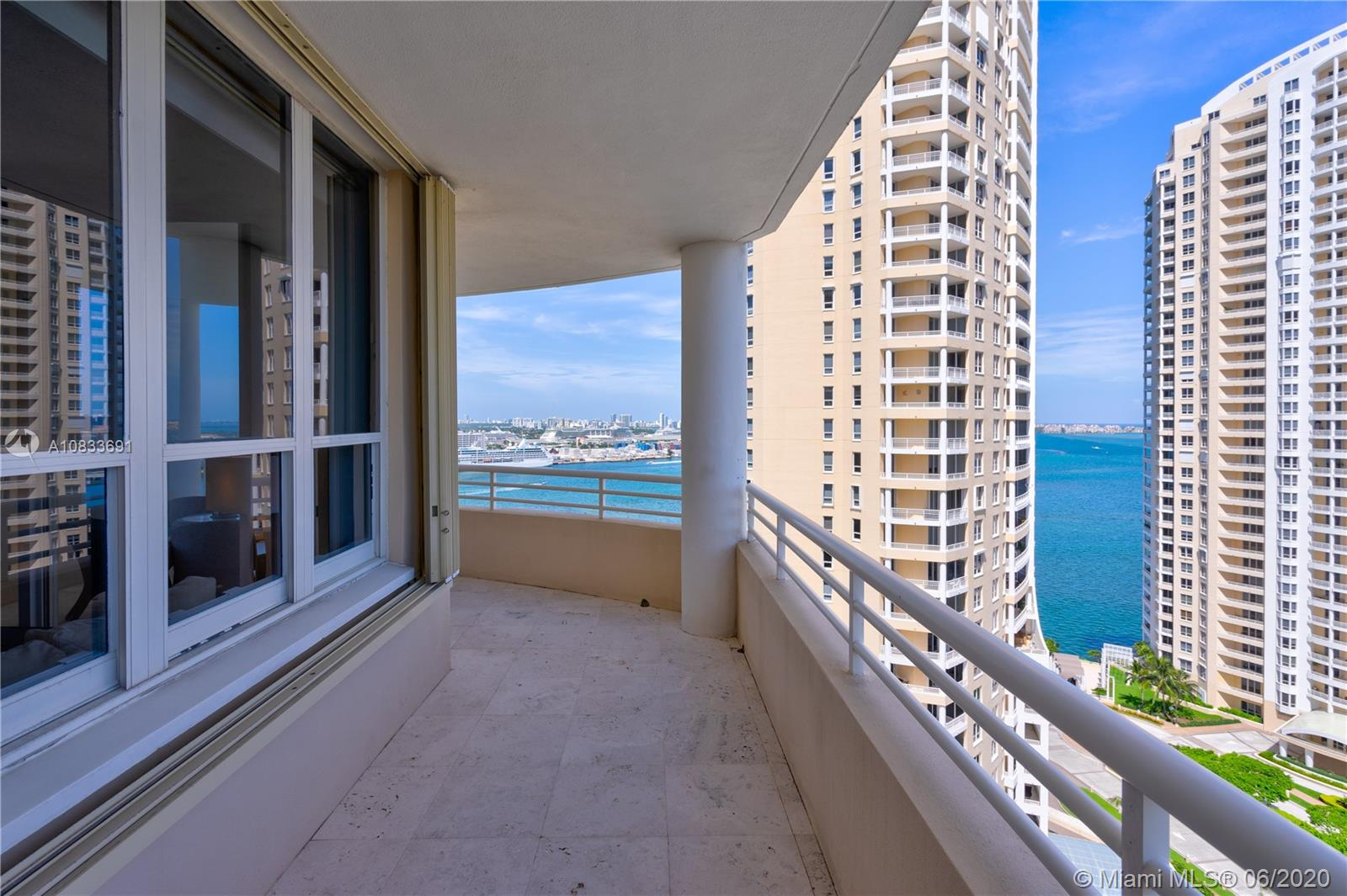 888 Brickell Key Dr #2311 photo04