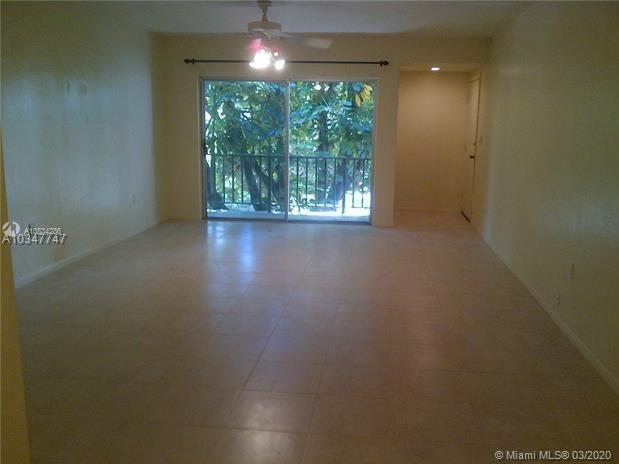 9404 SW 77th Ave # M8, Miami, Florida 33156, 1 Bedroom Bedrooms, ,1 BathroomBathrooms,Residential,For Sale,9404 SW 77th Ave # M8,A10834286