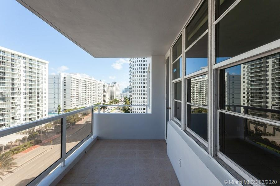 5700 Collins Ave #10N photo09