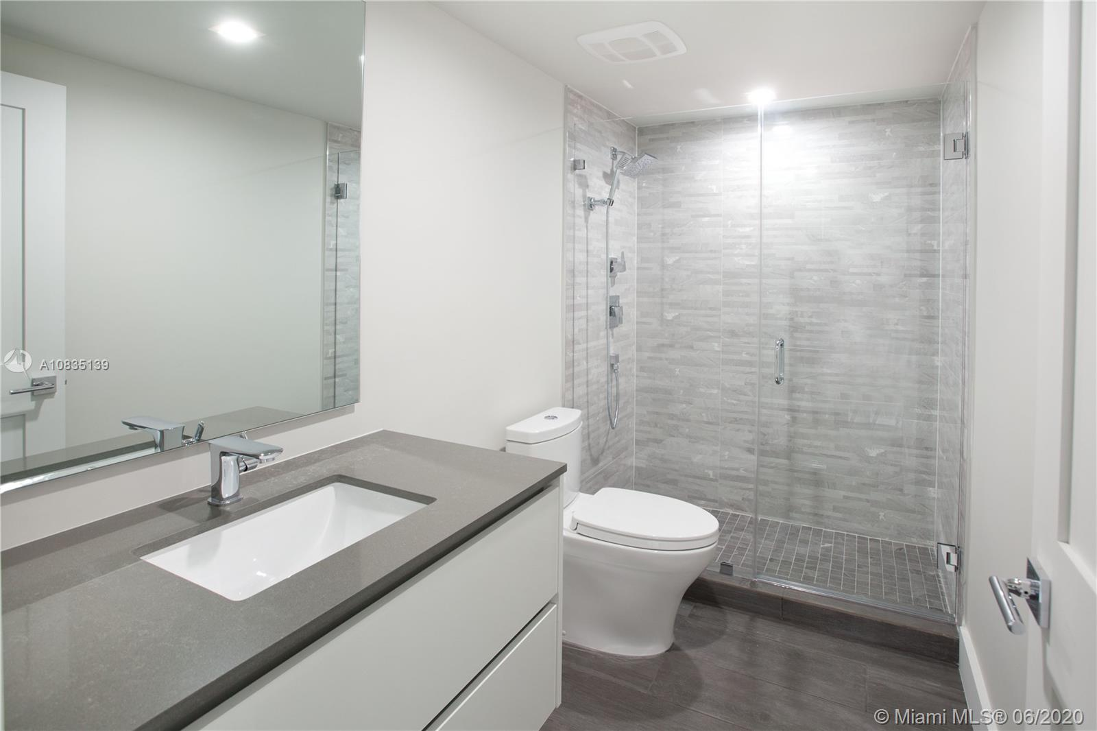 1581 Brickell Ave #2201 photo020