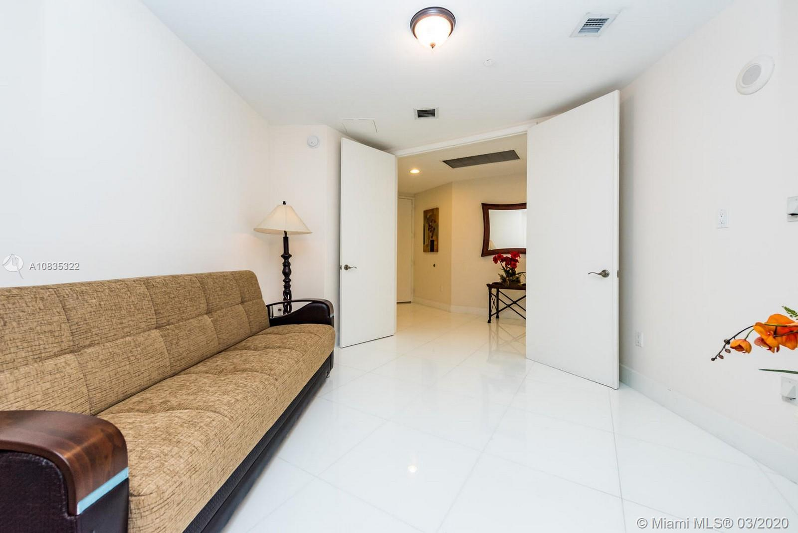 16001 Collins Ave #1503 photo019