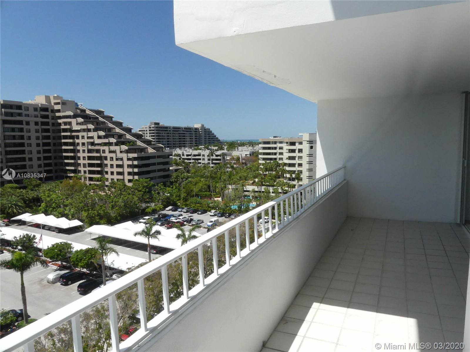 Commodore Club South #903 - 199 Ocean Lane Dr #903, Key Biscayne, FL 33149