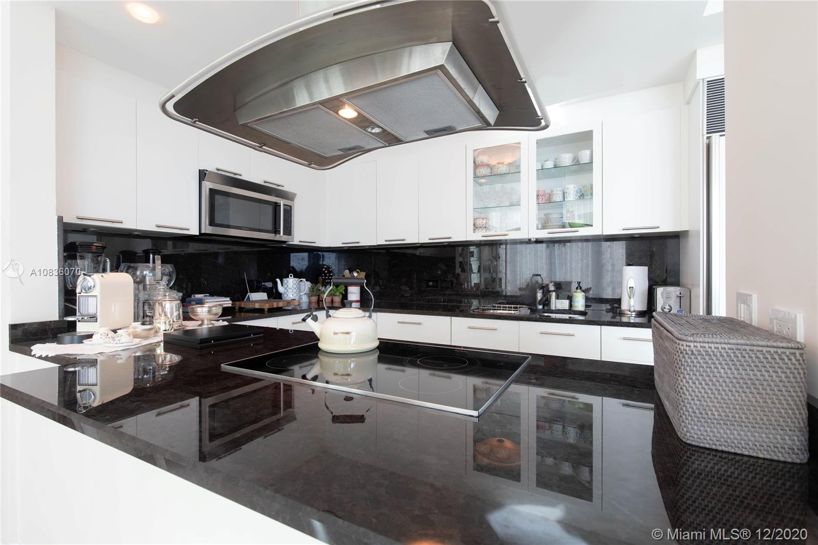 6899 Collins Ave #1603 photo07