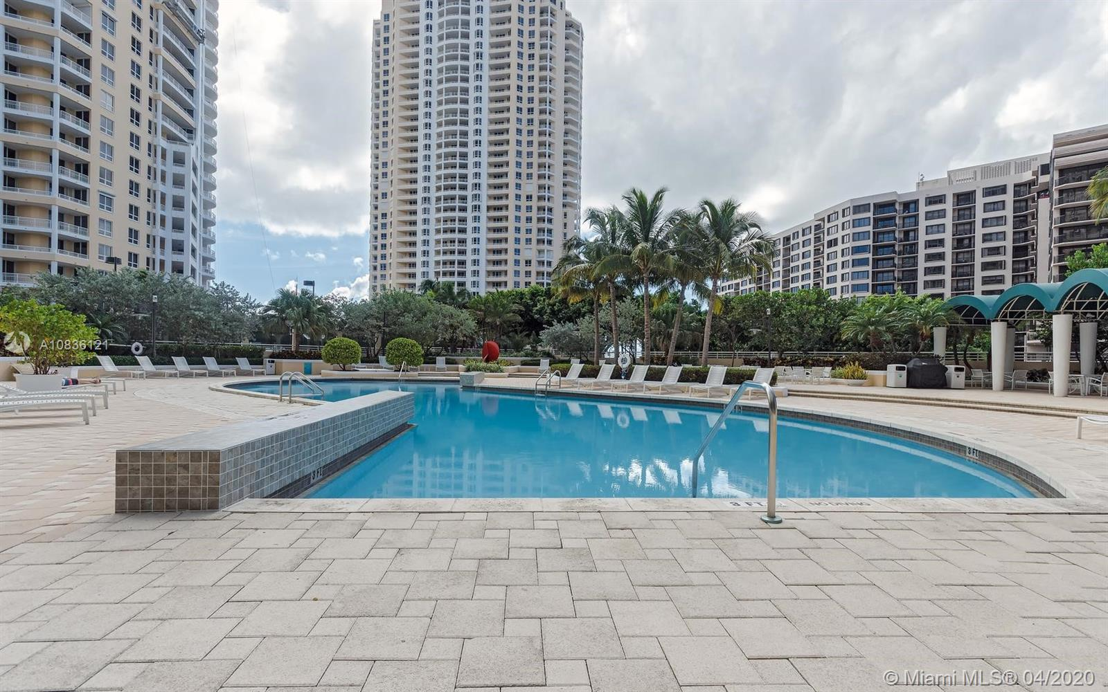 888 Brickell Key Dr #404 photo013