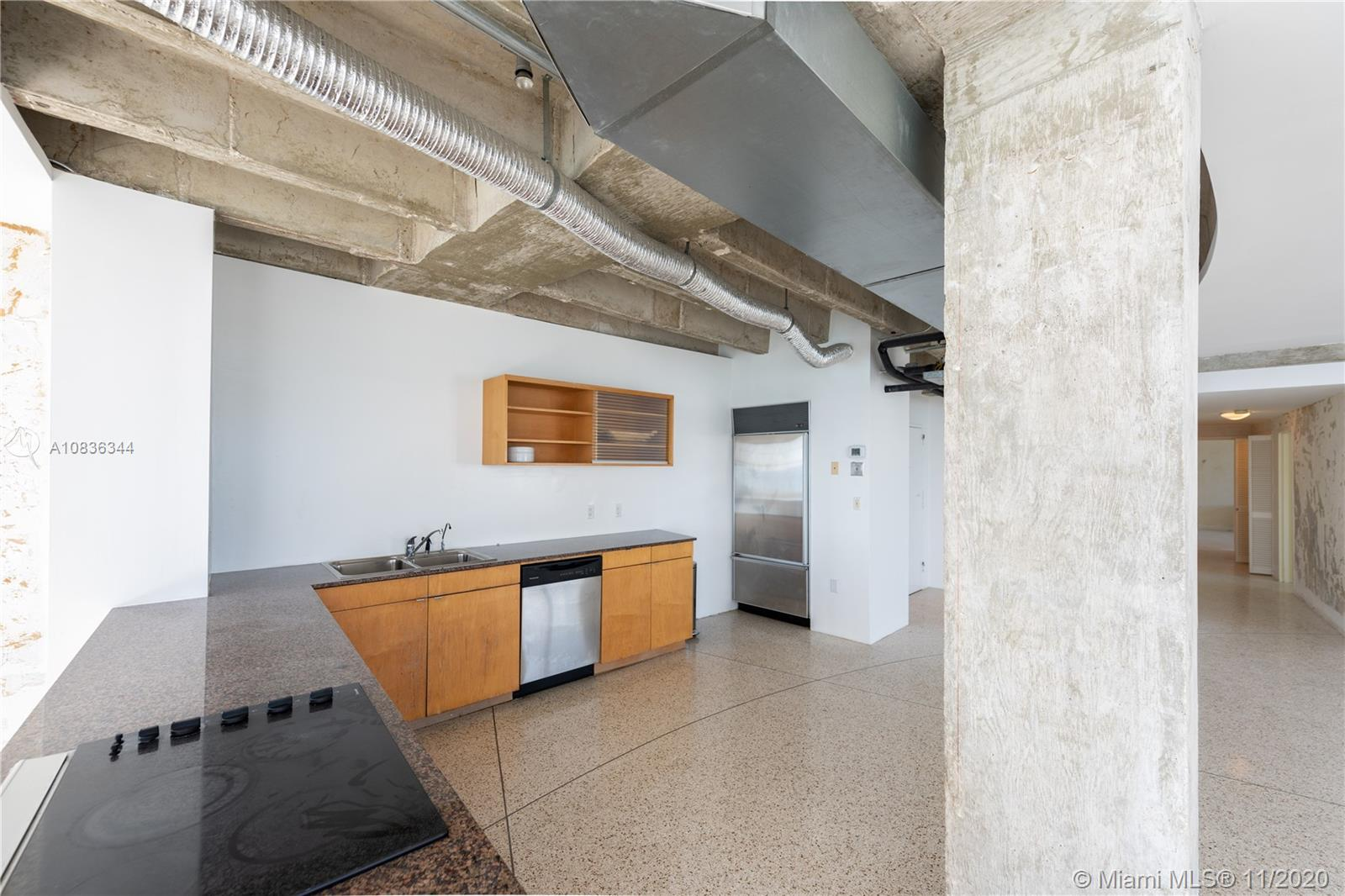 5255 Collins Ave #12E photo014