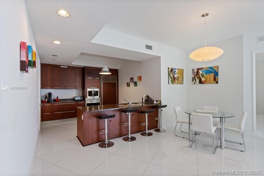 15901 Collins Ave #2607 photo06