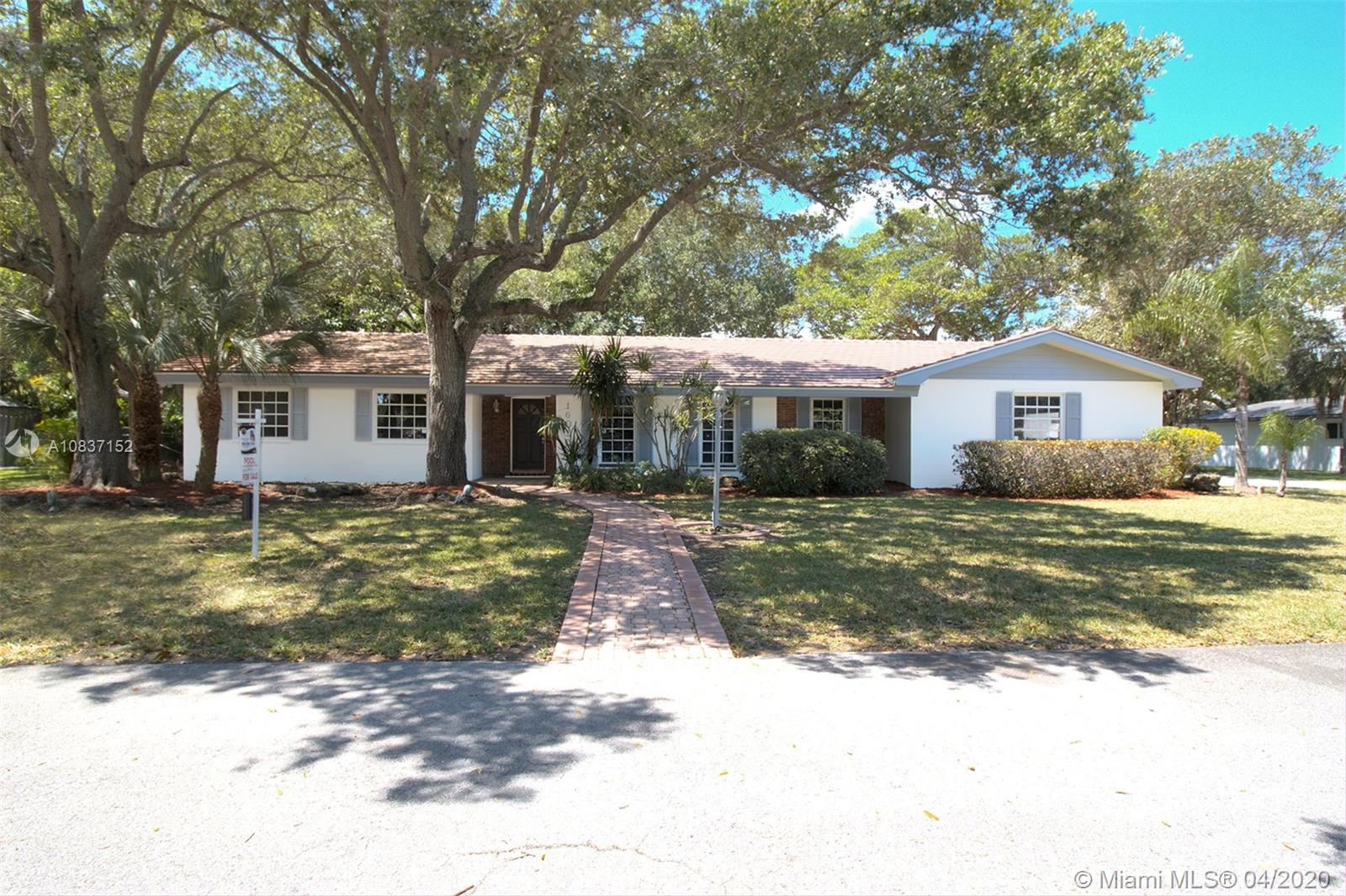 16020 SW 76th Ave, Palmetto Bay, Florida 33157, 4 Bedrooms Bedrooms, ,2 BathroomsBathrooms,Residential,For Sale,16020 SW 76th Ave,A10837152