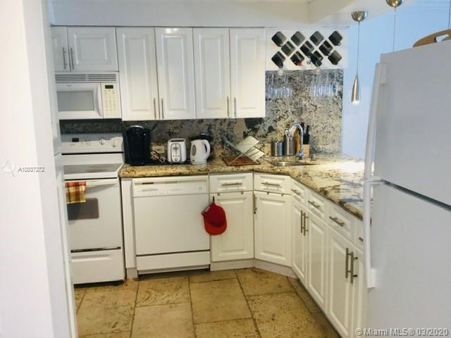 5701 Collins Ave #1207 photo05