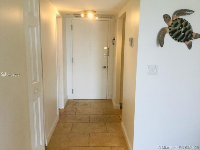 5701 Collins Ave #1207 photo04