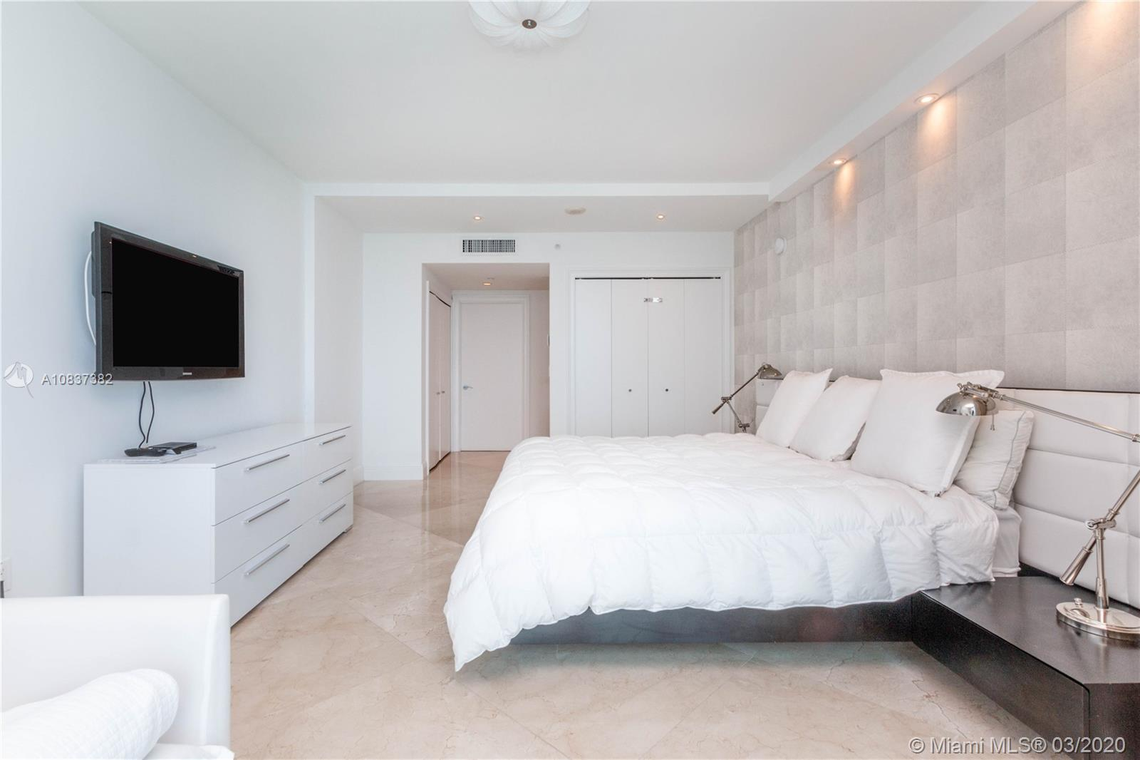 Property 17001 Collins Ave #4105 image 12