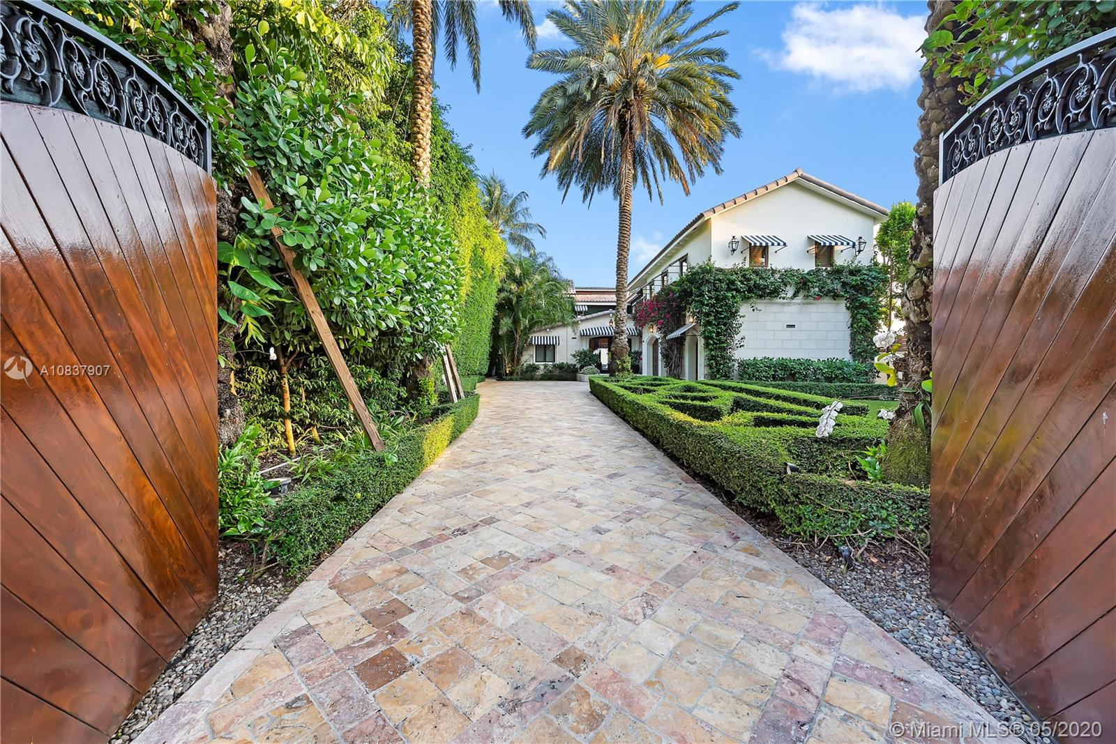 Photo of 1276 S Venetian Way # listing for Sale