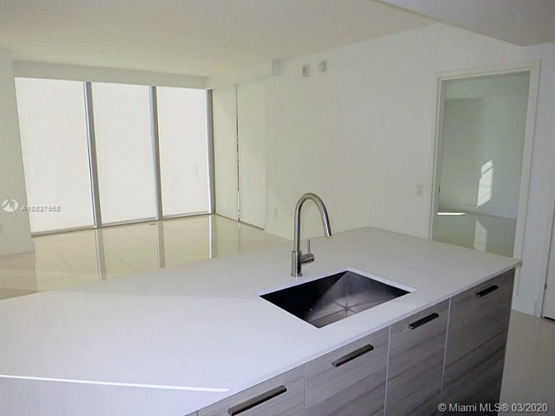 1300 Brickell Bay Dr #1001 photo026