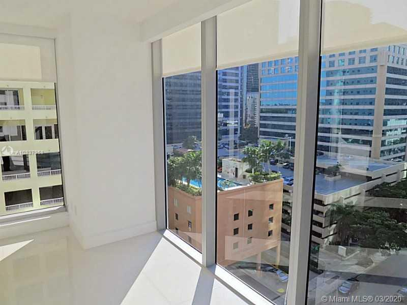 1300 Brickell Bay Dr #1001 photo010