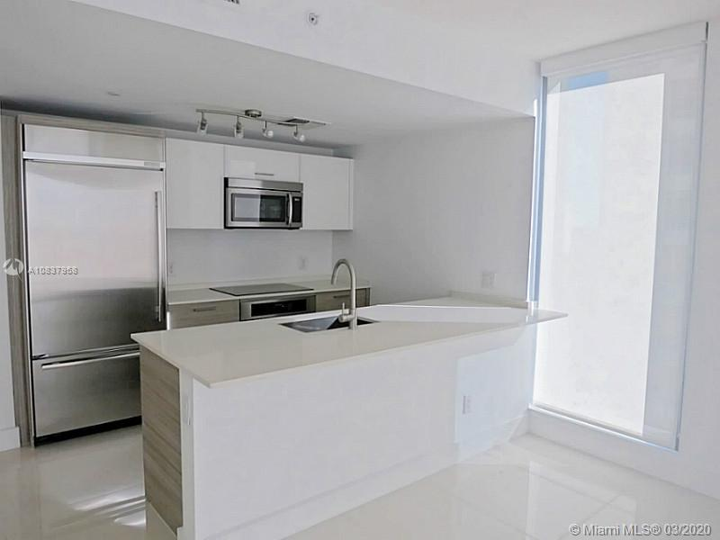 1300 Brickell Bay Dr #1001 photo021