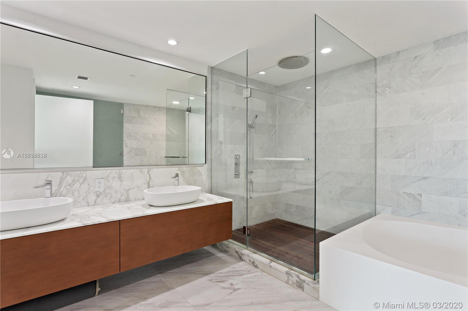 10203 Collins Ave #201 photo07
