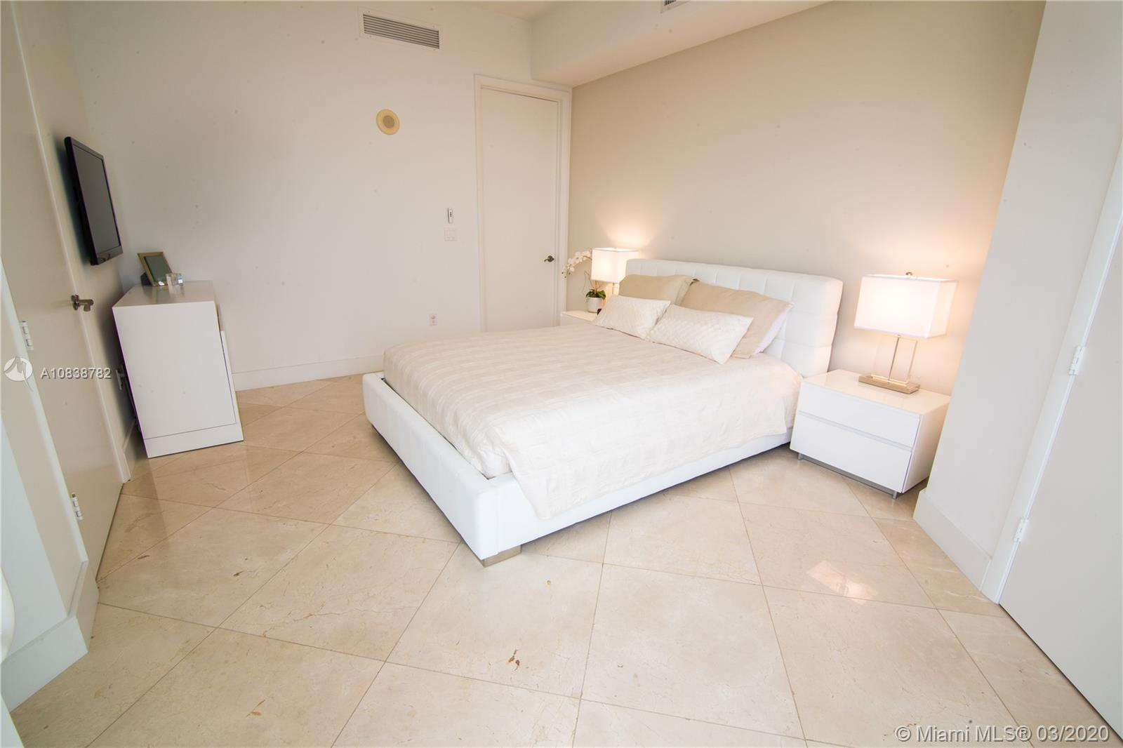 Property 15811 Collins Ave #2104 image 21