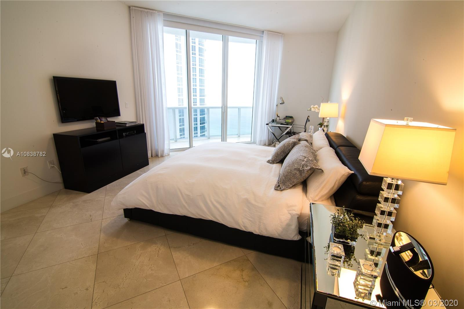 Property 15811 Collins Ave #2104 image 14