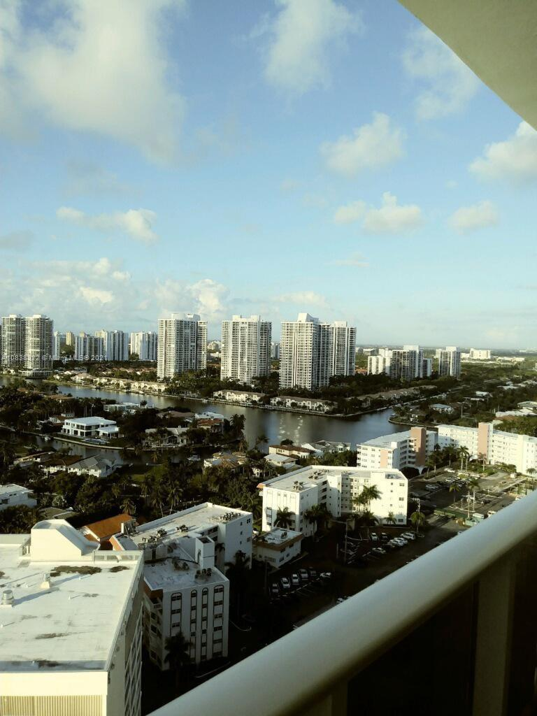 Parker Tower #PH3 - 3140 S Ocean Dr #PH3, Hallandale Beach, FL 33009