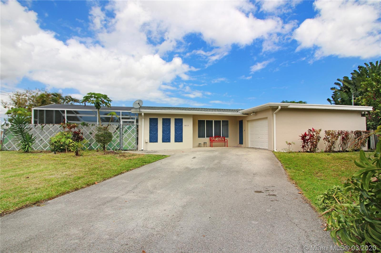 3813 S Lake Ter, Miramar, Florida 33023, 3 Bedrooms Bedrooms, ,2 BathroomsBathrooms,Residential,For Sale,3813 S Lake Ter,A10839033