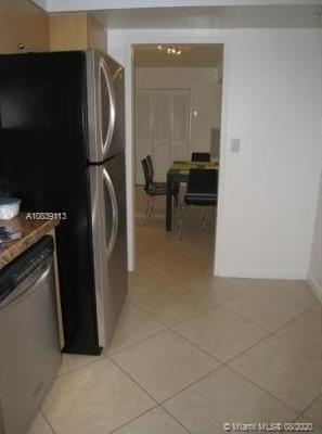9195 Collins Ave #404 photo09