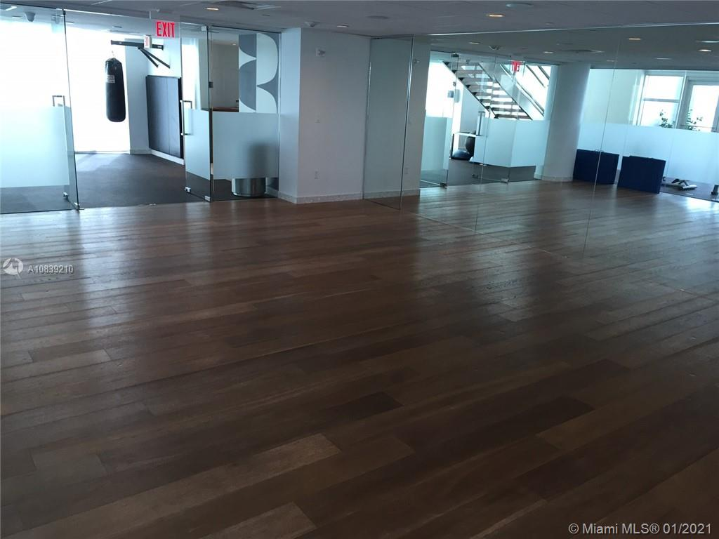 Photo of 2020 N BAYSHORE DR #1502 listing for Sale