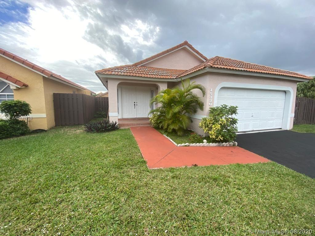 15320 SW 52nd Ter photo01