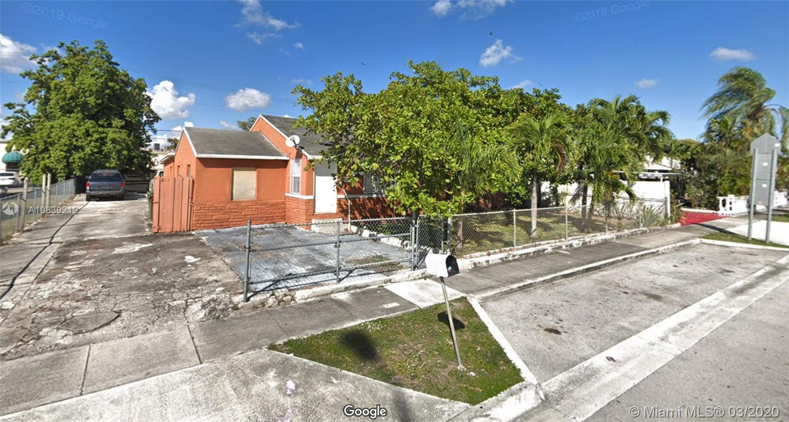 621 E 8th St, Hialeah, Florida 33010, 3 Bedrooms Bedrooms, ,1 BathroomBathrooms,Residential,For Sale,621 E 8th St,A10839219
