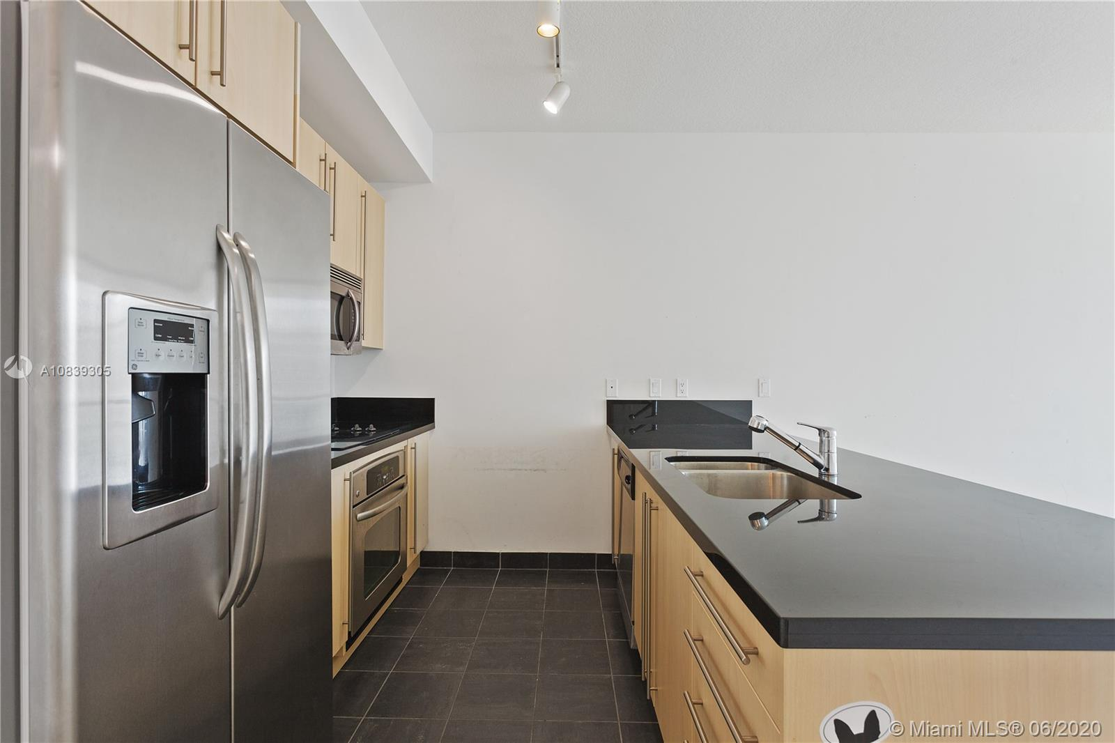1111 SW 1st Ave #3424-N photo03