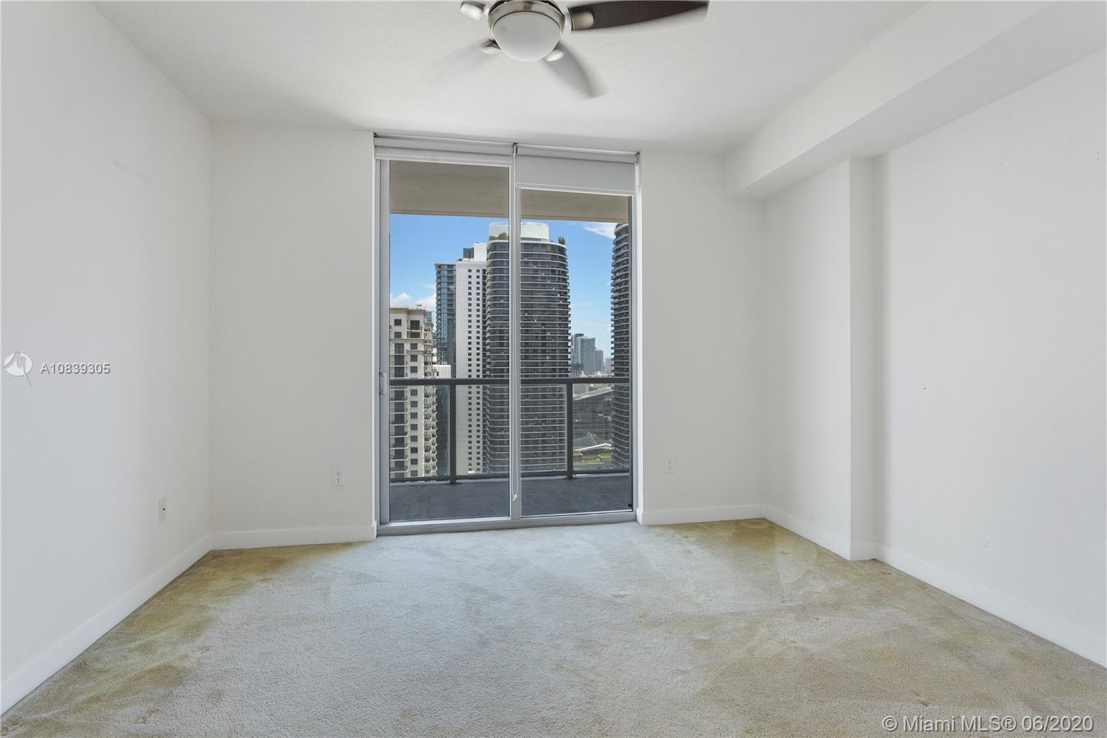 1111 SW 1st Ave #3424-N photo04