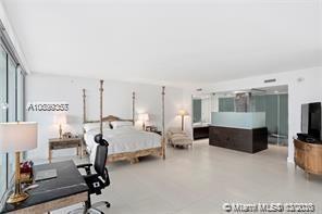 Property 1040 Biscayne Blvd #1004 image 2