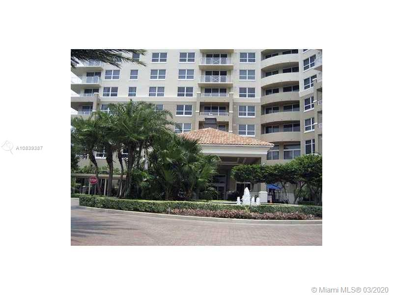 Photo of 19501 W Country Club Dr #615 listing for Sale