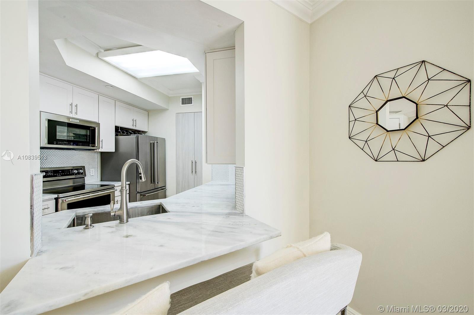 888 Brickell Key Dr #1802 photo07