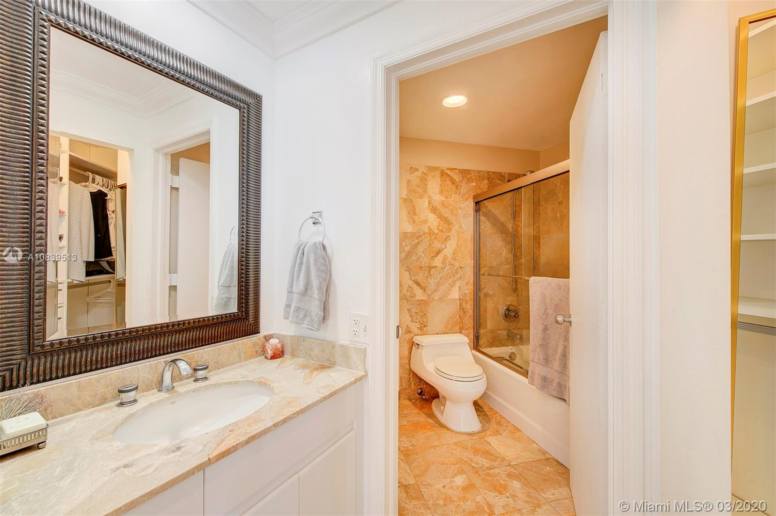 888 Brickell Key Dr #1802 photo011