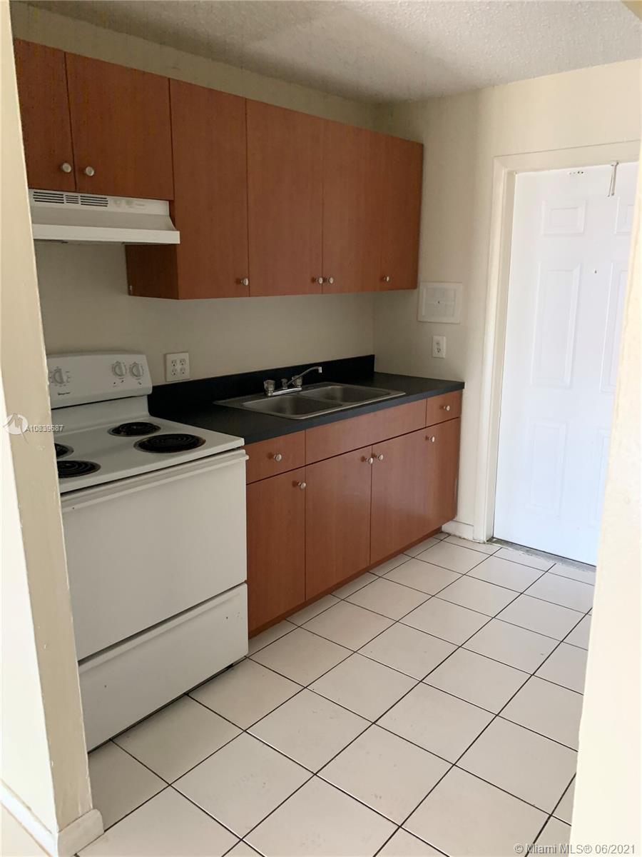 850 E Commercial Blvd # 109A, Oakland Park, Florida 33334, 2 Bedrooms Bedrooms, ,1 BathroomBathrooms,Residential,For Sale,850 E Commercial Blvd # 109A,A10839687