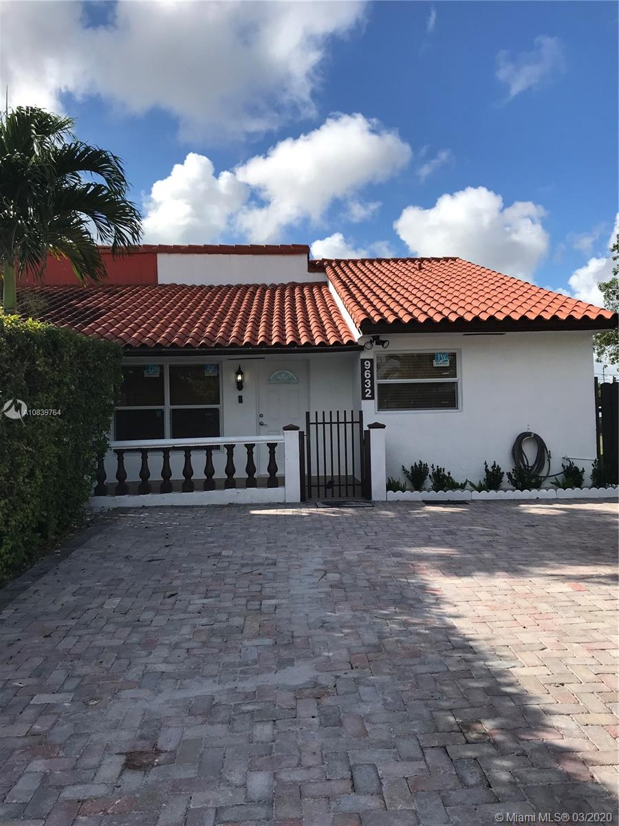 9632 NW Grand Canal Dr, Miami, Florida 33174, 4 Bedrooms Bedrooms, ,3 BathroomsBathrooms,Residential,For Sale,9632 NW Grand Canal Dr,A10839764