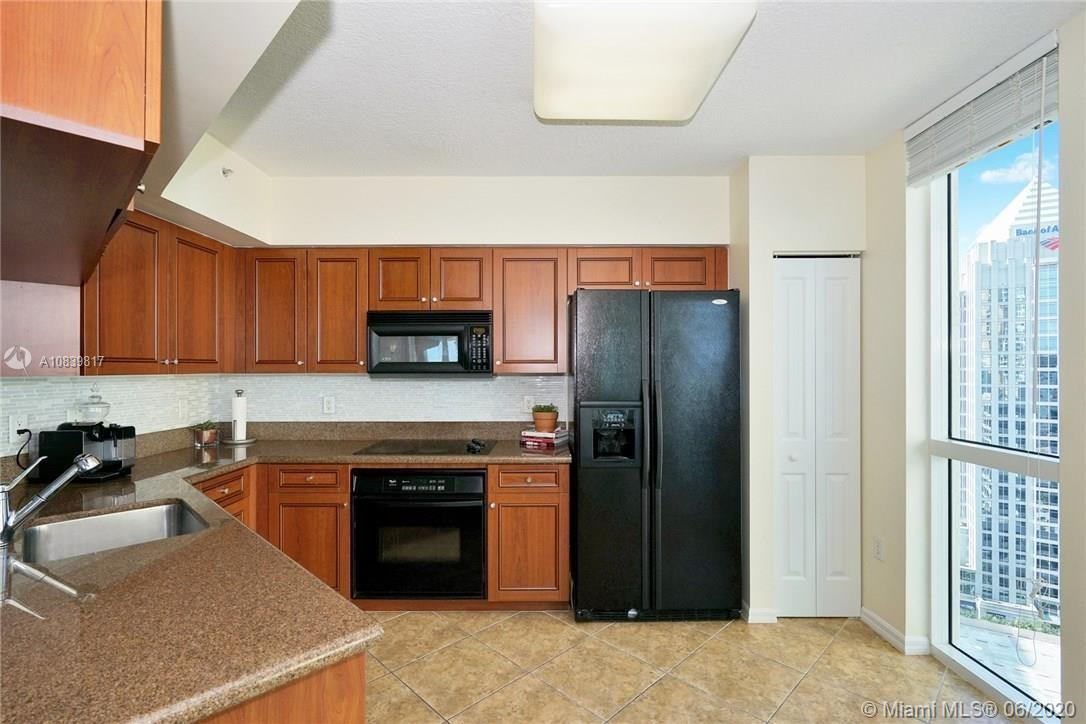 347 N New River Dr #2309 photo06