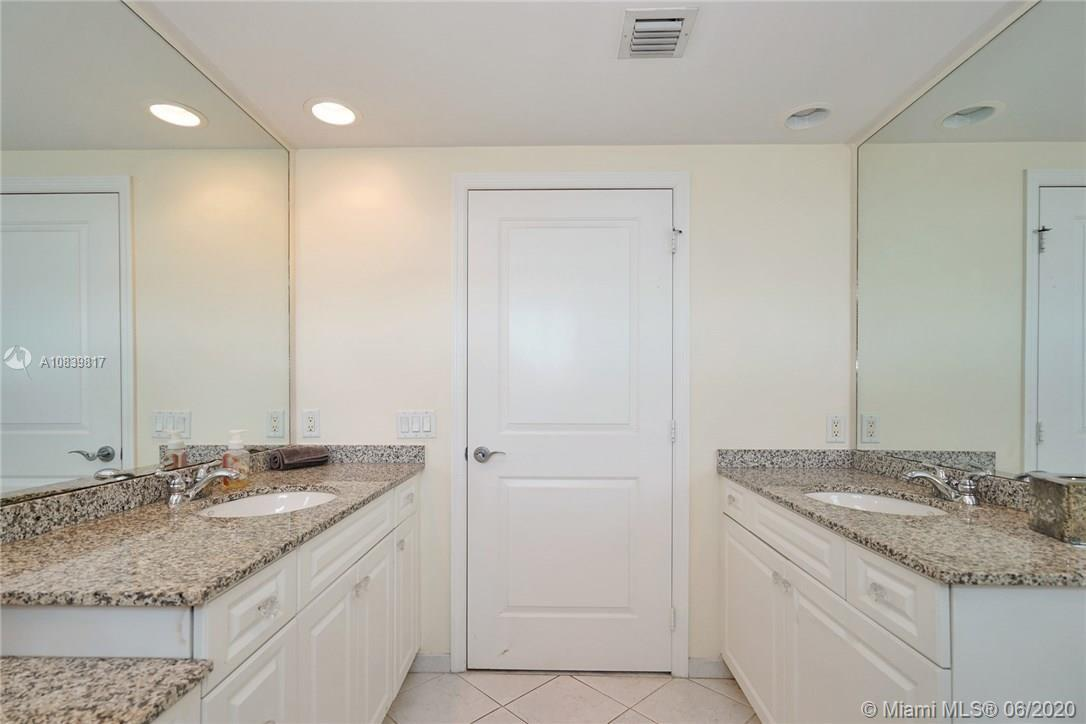 347 N New River Dr #2309 photo017