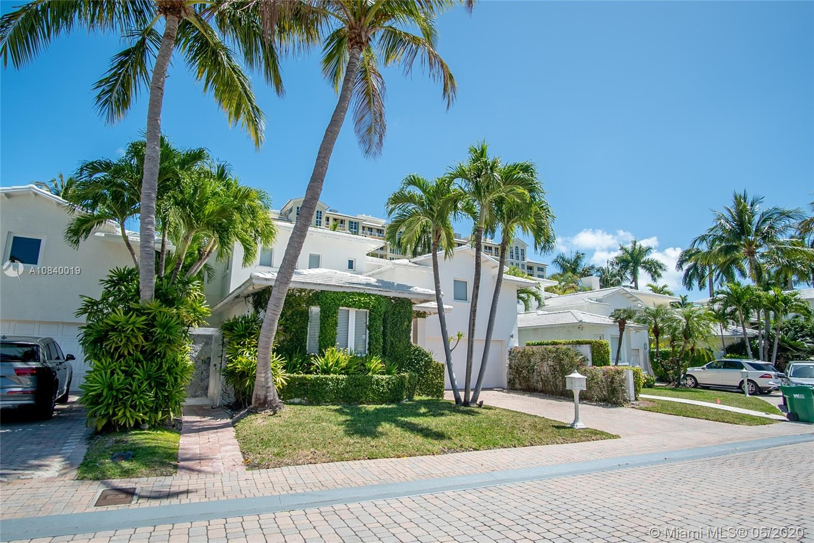 Photo of 4 Coconut Ln # listing for Sale