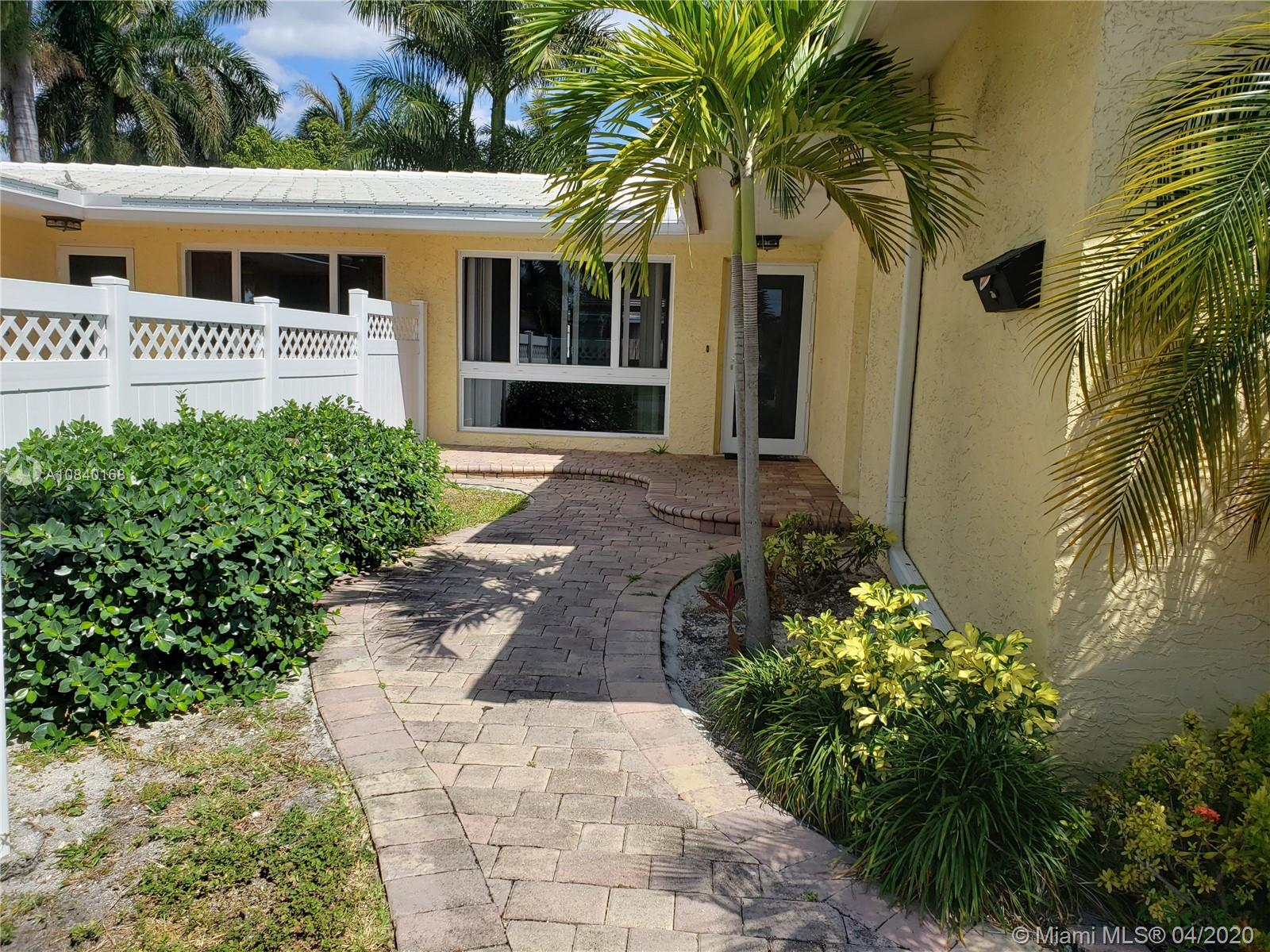 1103 NE 2nd Ct # 2, Hallandale Beach, Florida 33009, 2 Bedrooms Bedrooms, ,2 BathroomsBathrooms,Residential Lease,For Rent,1103 NE 2nd Ct # 2,A10840168