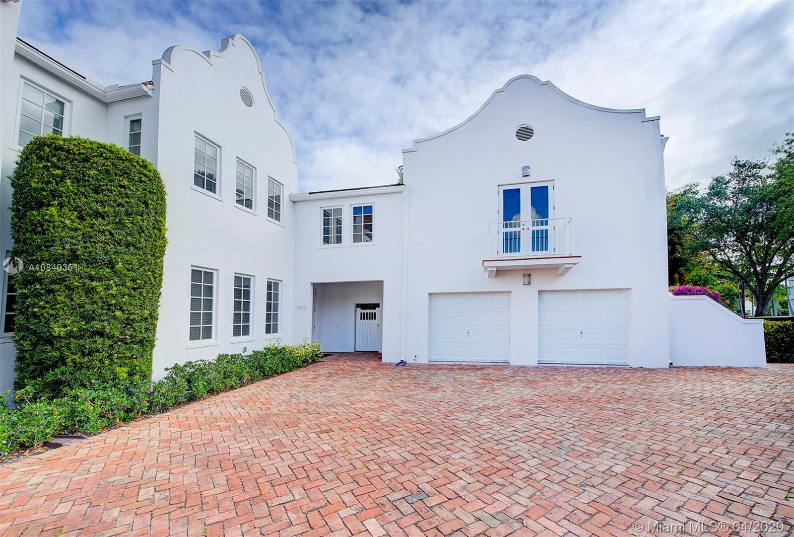 1107 Campo Sano Ave # 1, Coral Gables, Florida 33146, 4 Bedrooms Bedrooms, ,5 BathroomsBathrooms,Residential,For Sale,1107 Campo Sano Ave # 1,A10840351