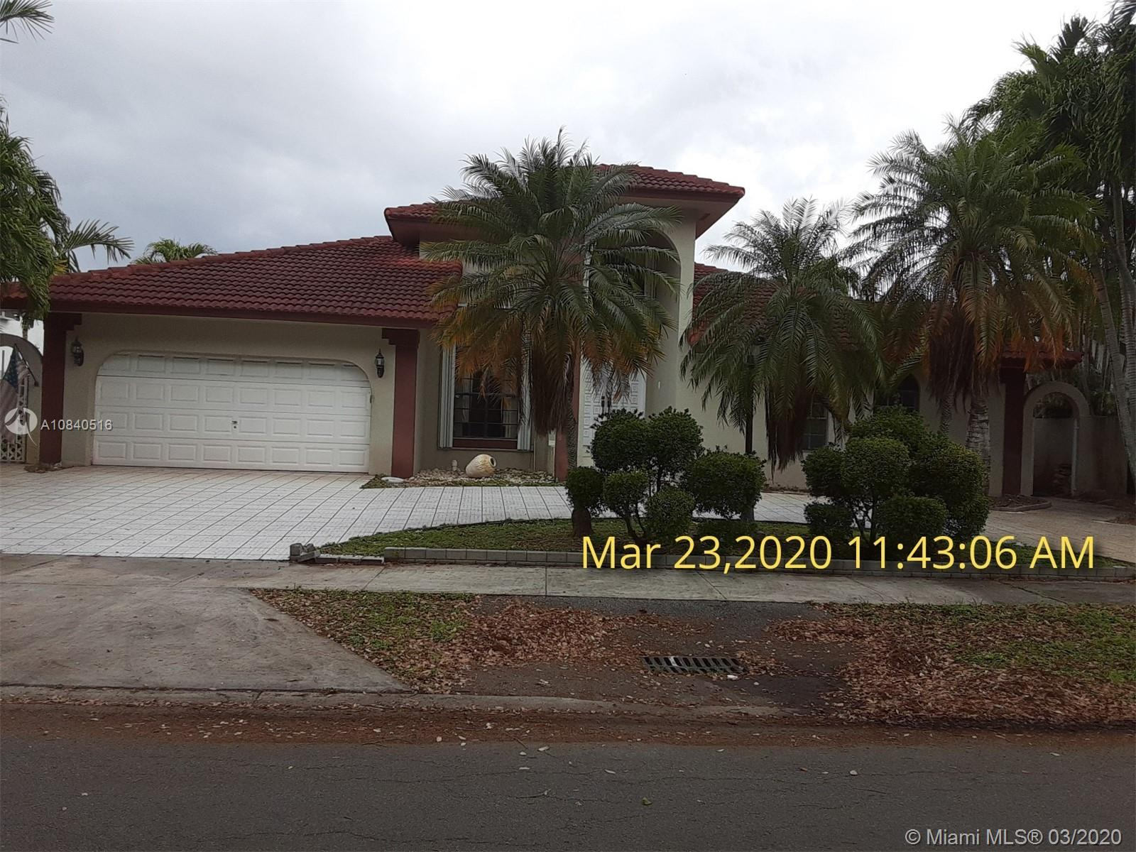 8271 NW 167th Ter photo01
