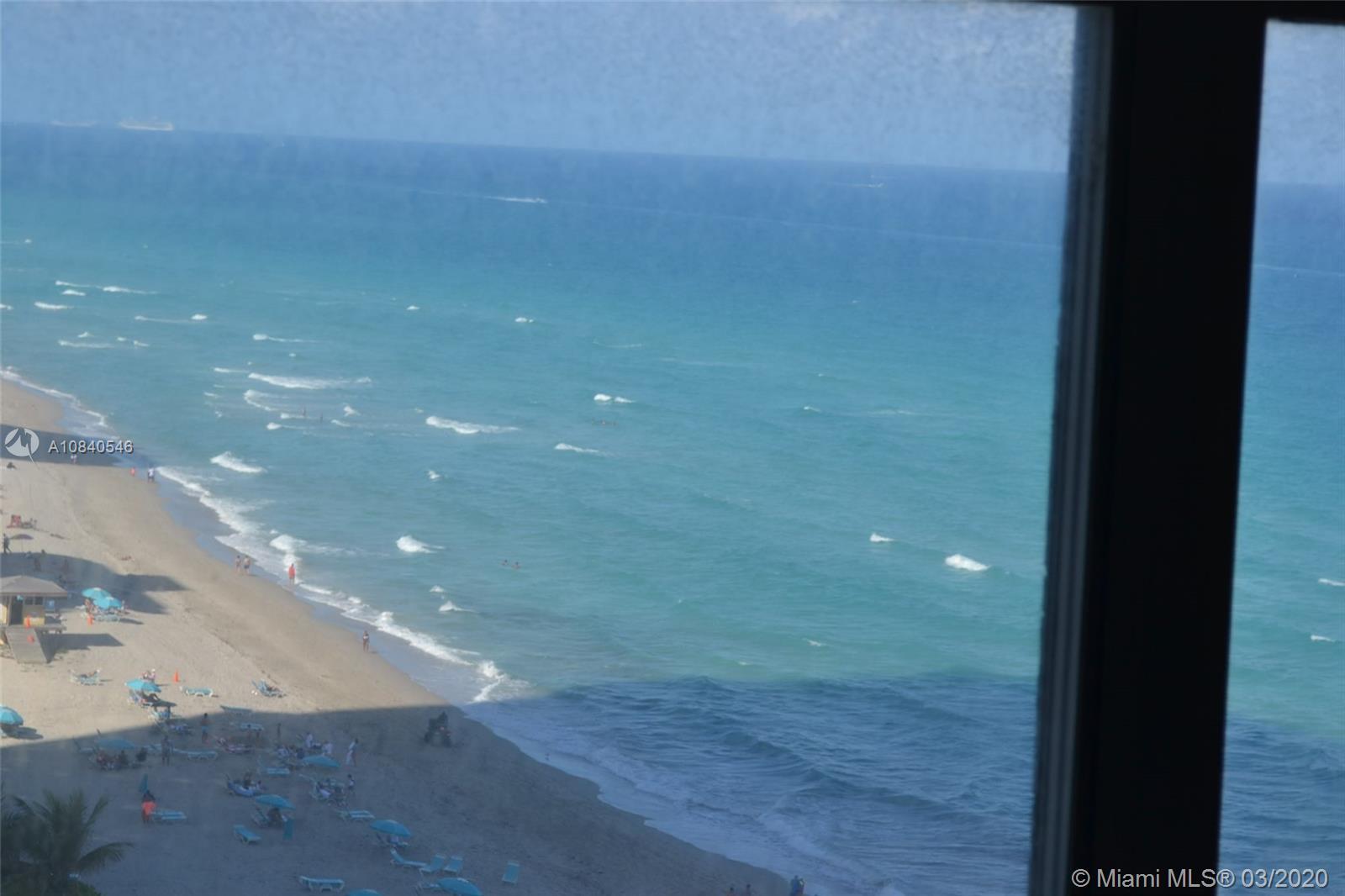 2751 S Ocean Dr photo09