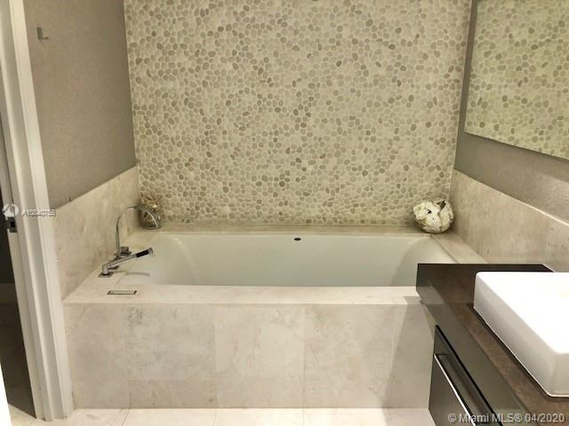 Property 17121 Collins Ave #2204 image 6