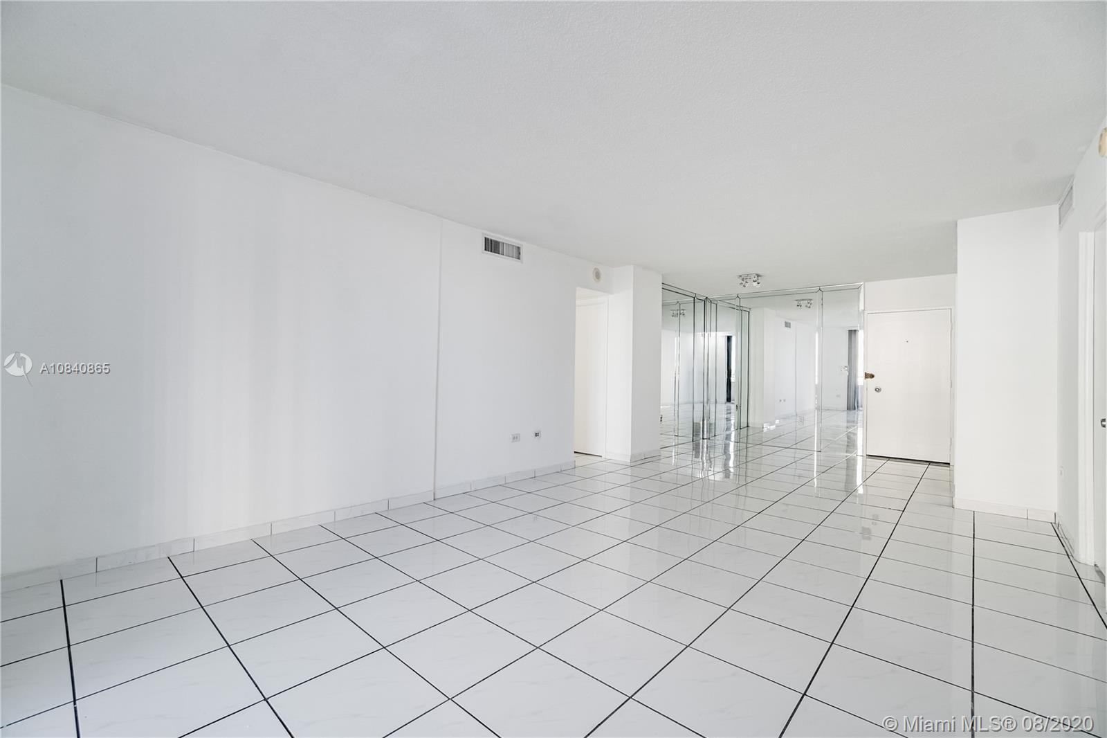 5555 Collins Ave #6W photo016