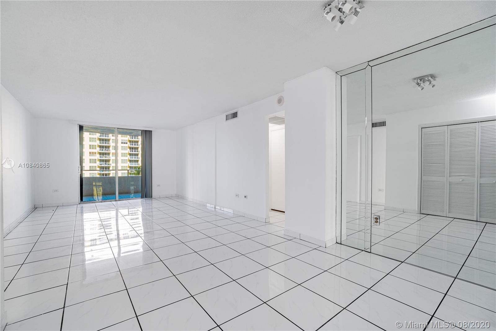 5555 Collins Ave #6W photo015