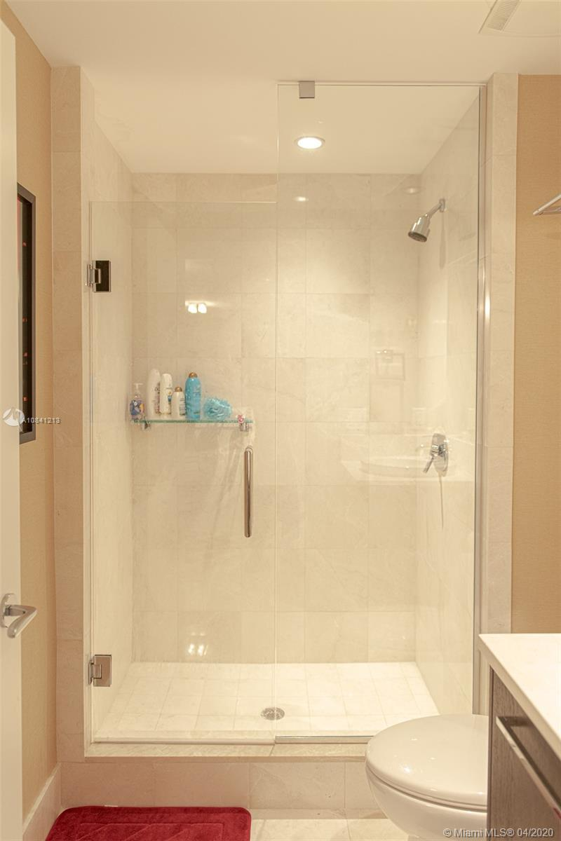 17121 Collins Ave #4003 photo027